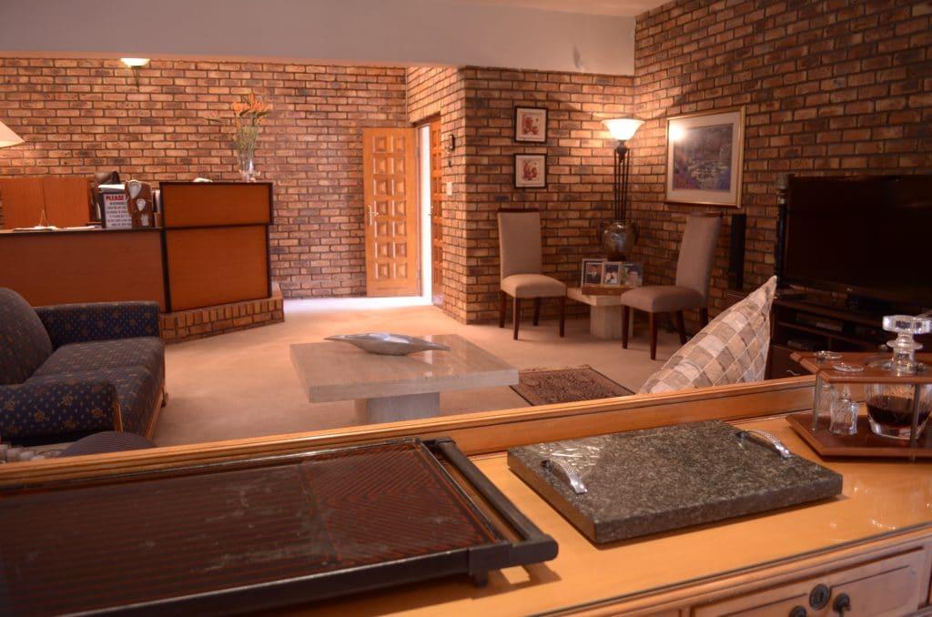 AHHA Luxury Accommodation Bedfordview